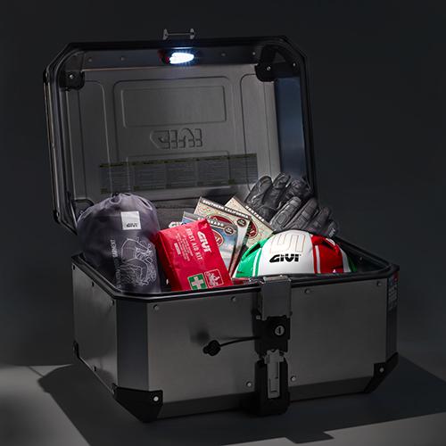 Givi - Sécurité et confort en moto - E198
