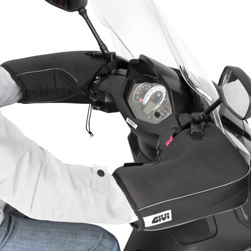 Givi - Safety and Comfort for Motorcycles - TM418